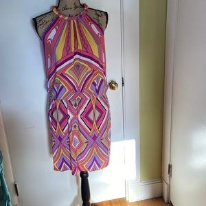 Funky print short dress with braided collar